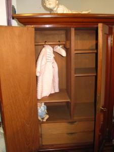 armario muñequitas